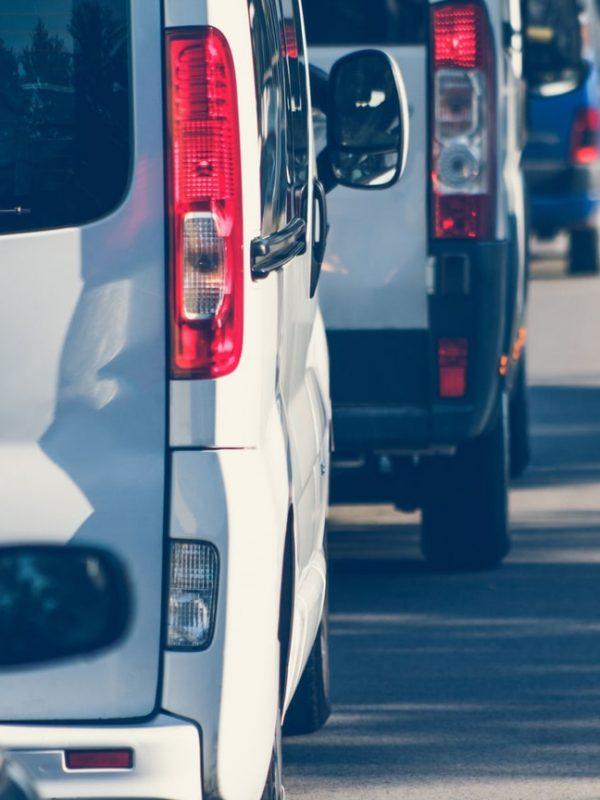 Lej en minibus